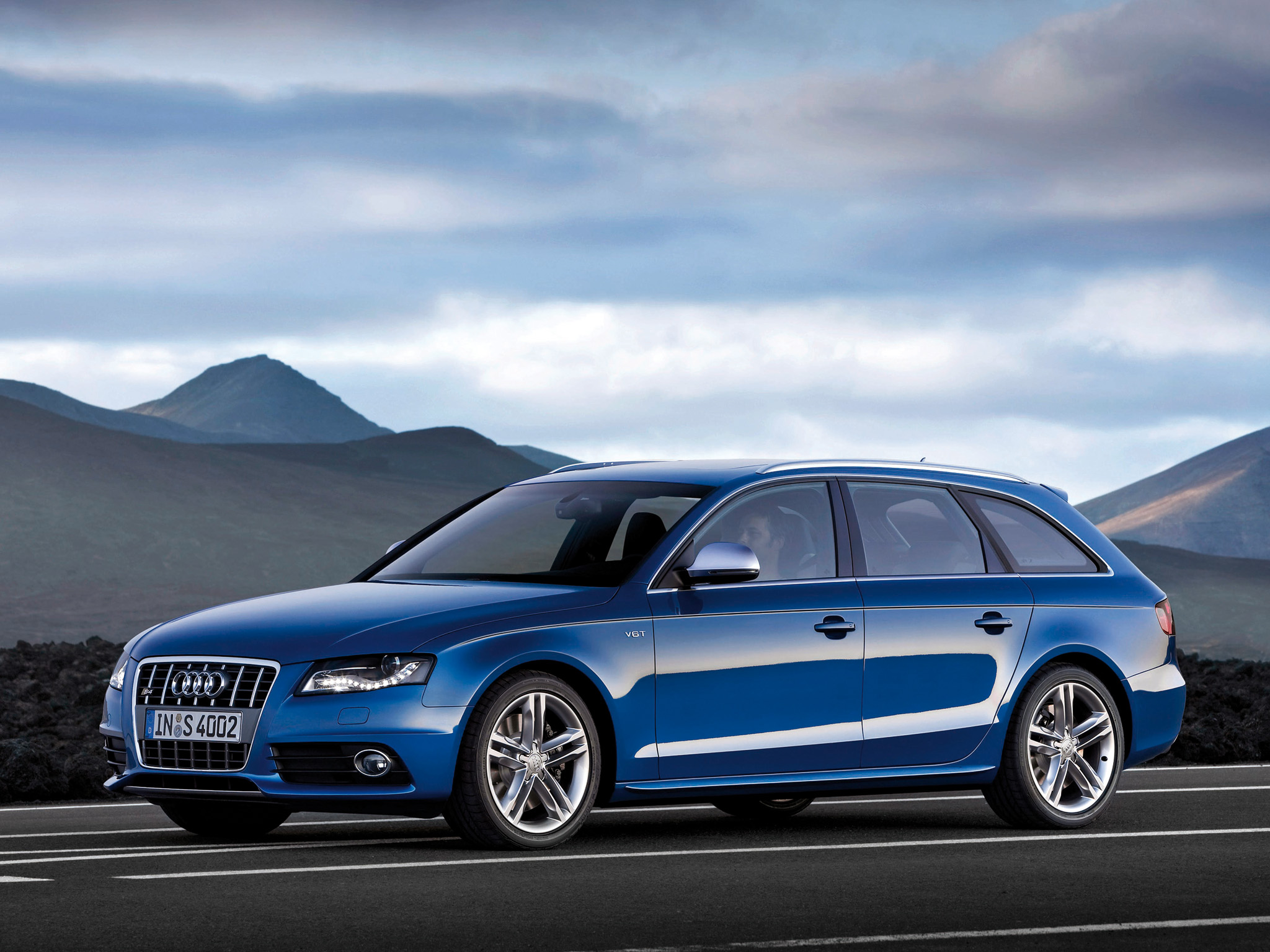 Audi S4 Avant Wallpapers Cool Cars Wallpaper 2048x1536