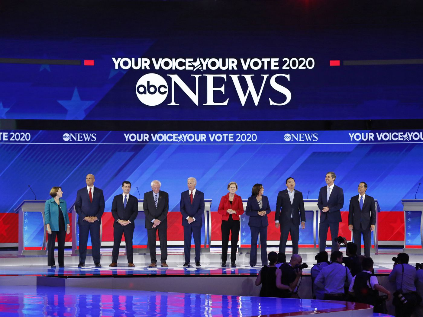 Heres where every 2020 candidate stands on guns   Vox 1400x1050