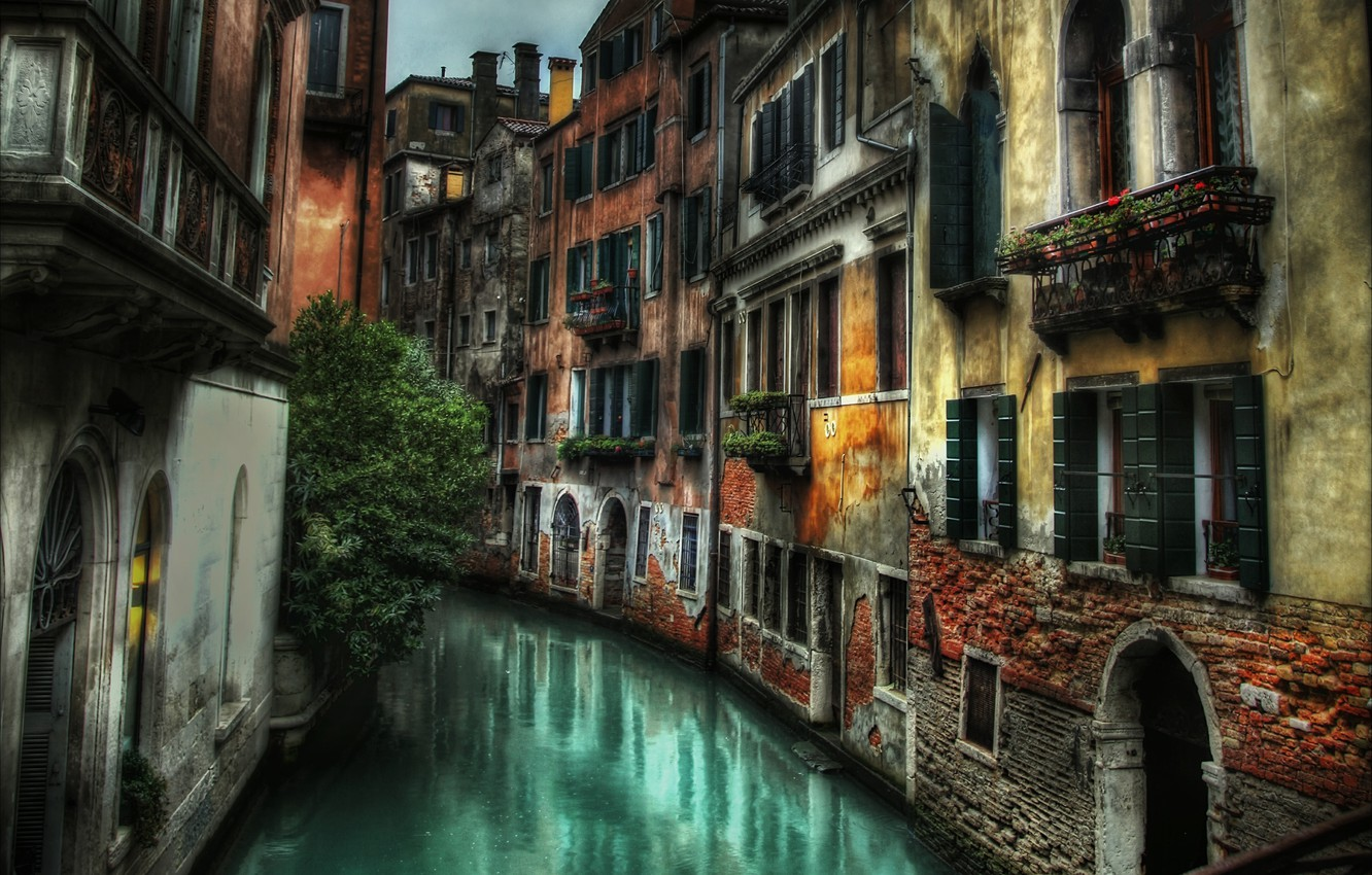 Wallpaper street building home Italy Venice channel Italy 1332x850
