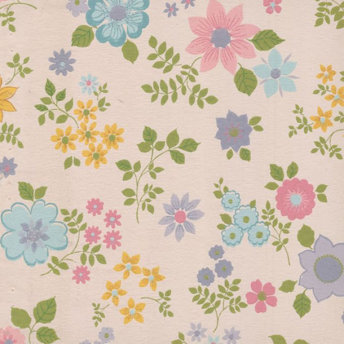 Dreams and Wishes Vintage floral wallpapers in kids rooms 678x678
