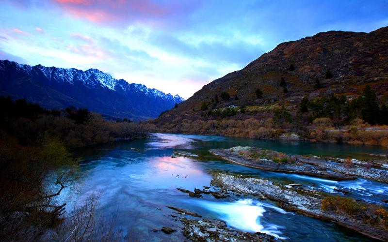 Mountain River 800x500