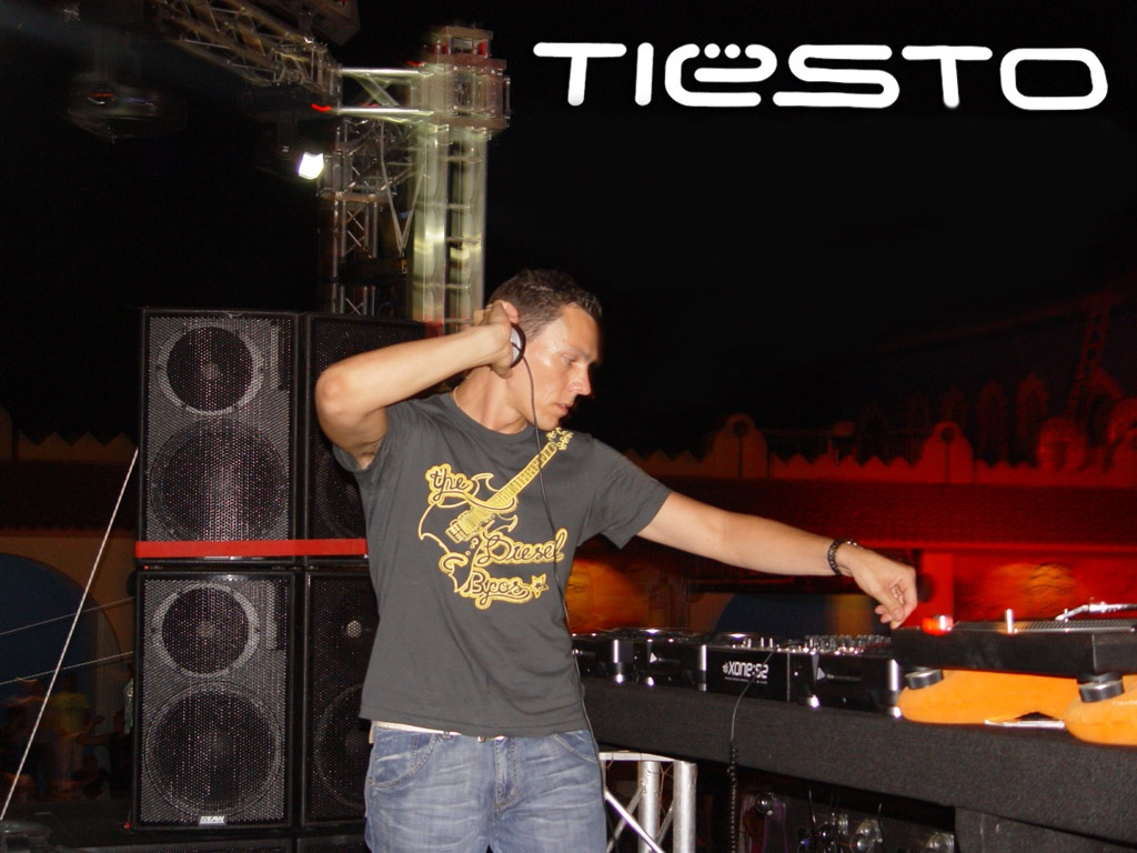 Gratis Radio Online Noticias Videos Dj Tiesto Wallpapers HD 3 1024x768