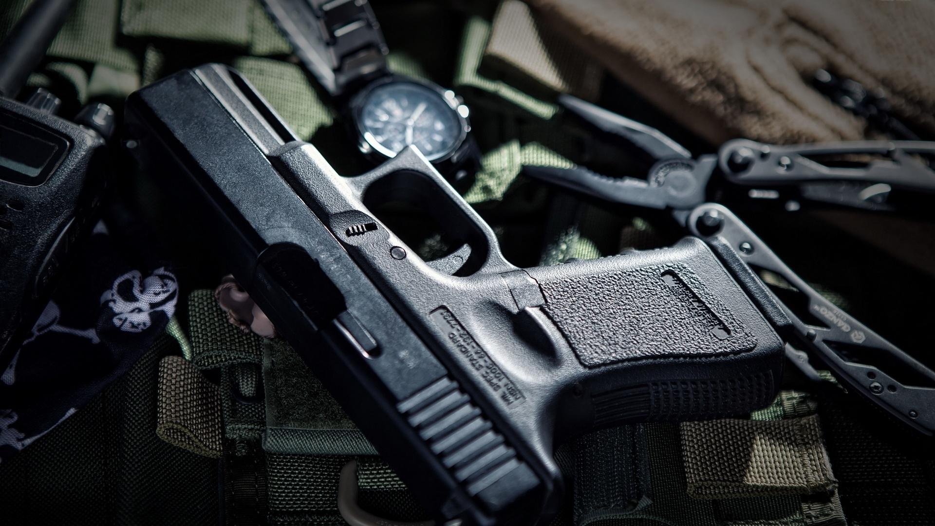 Glock Pistol Wallpaper HD 60128 1920x1080 px ...