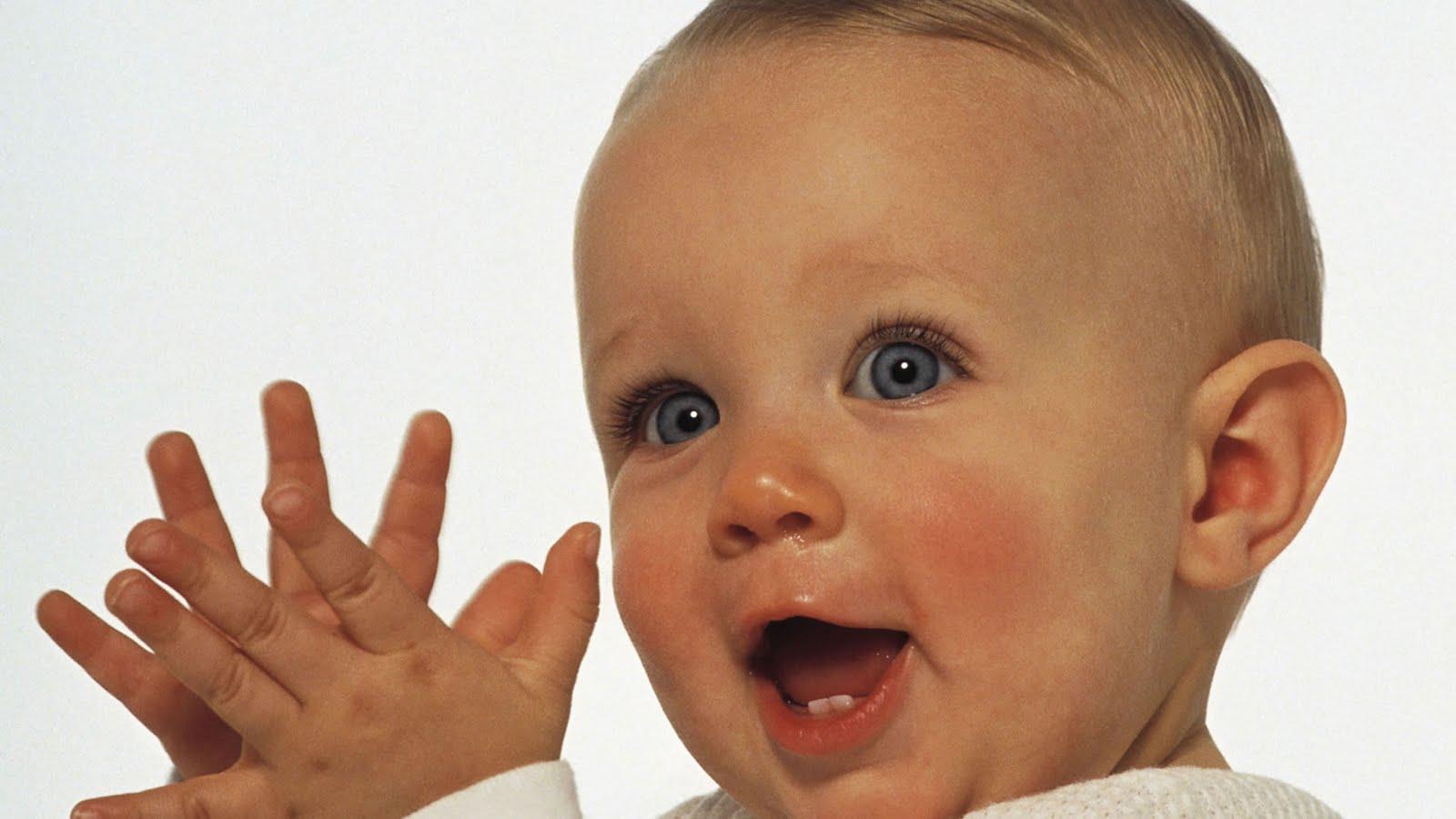Free Funny Babies 122 Desktop Background