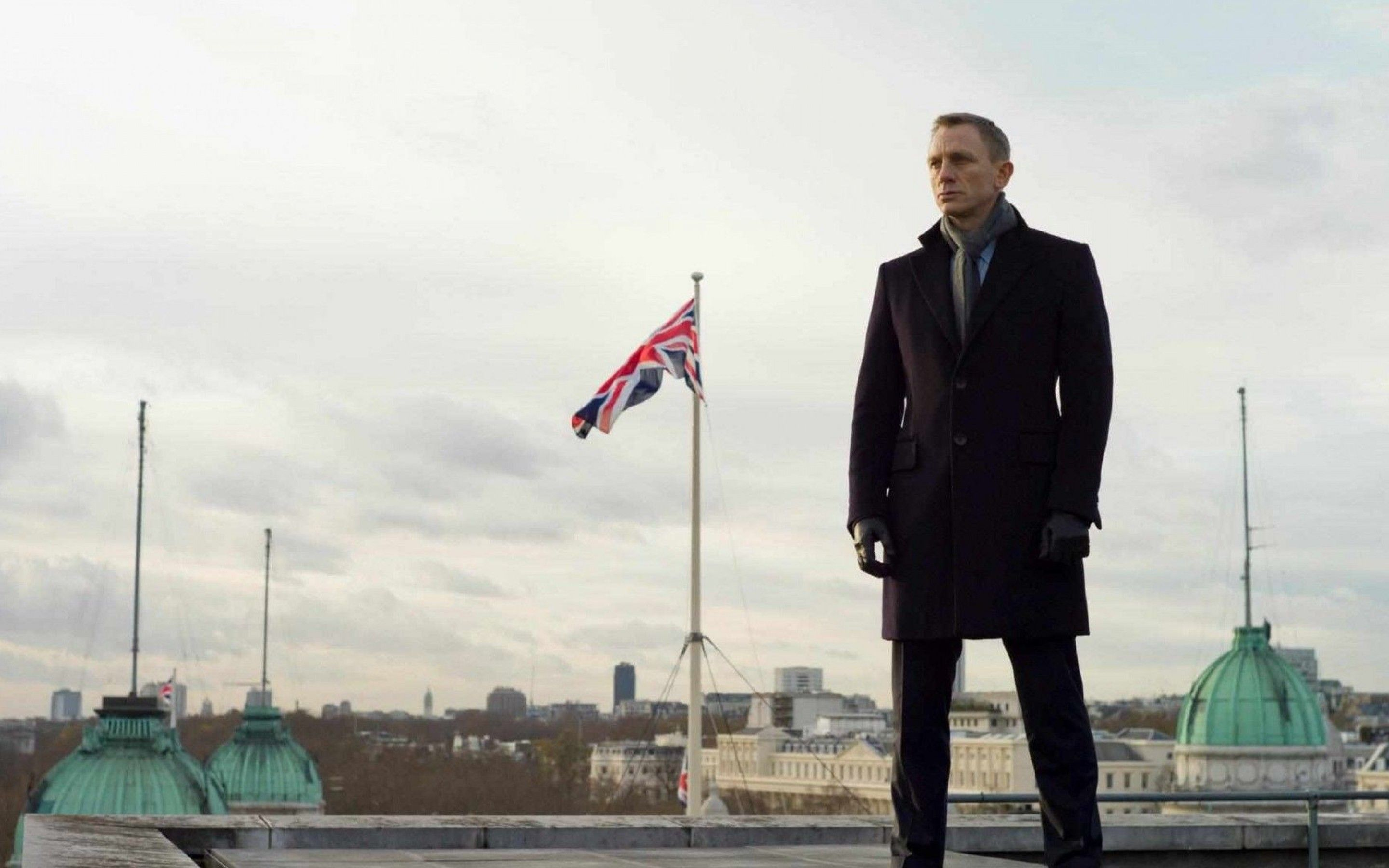 24 James Bond HD Widescreen Photos GsFDcY 2880x1800