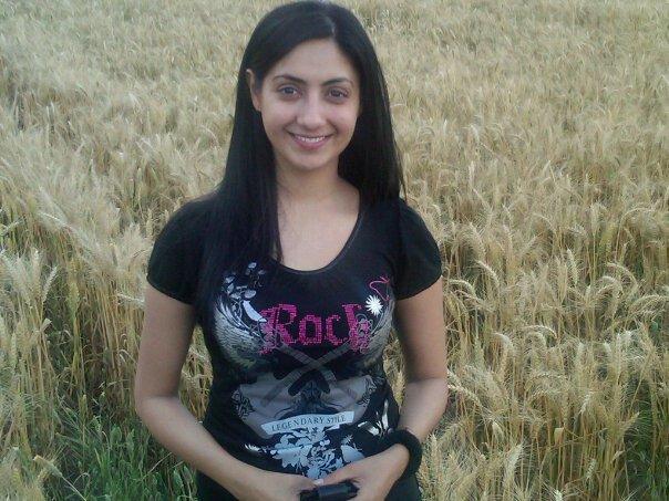 Online Tashan Gurleen Chopra punjabi girls wallpaper 604x453