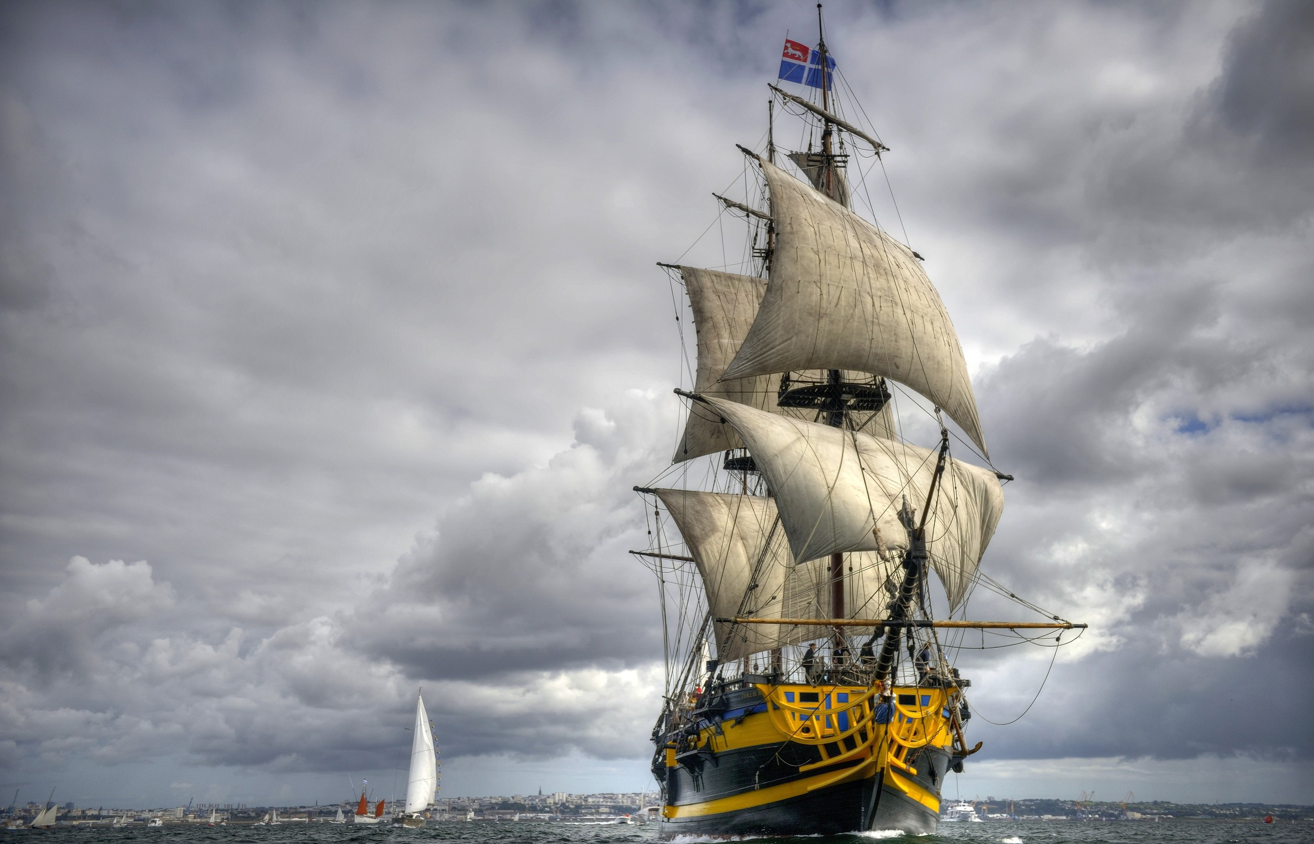 Ship Wallpaper Images in HD Available Here For Download 2592x1665