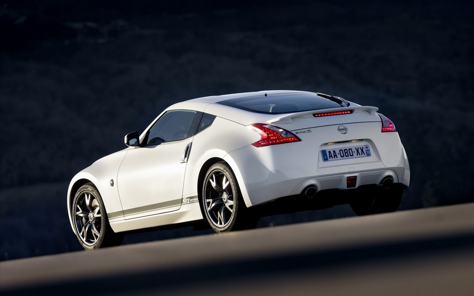 White Nissan 370Z HD Wallpapers Desktop Wallpapers 1600x1000
