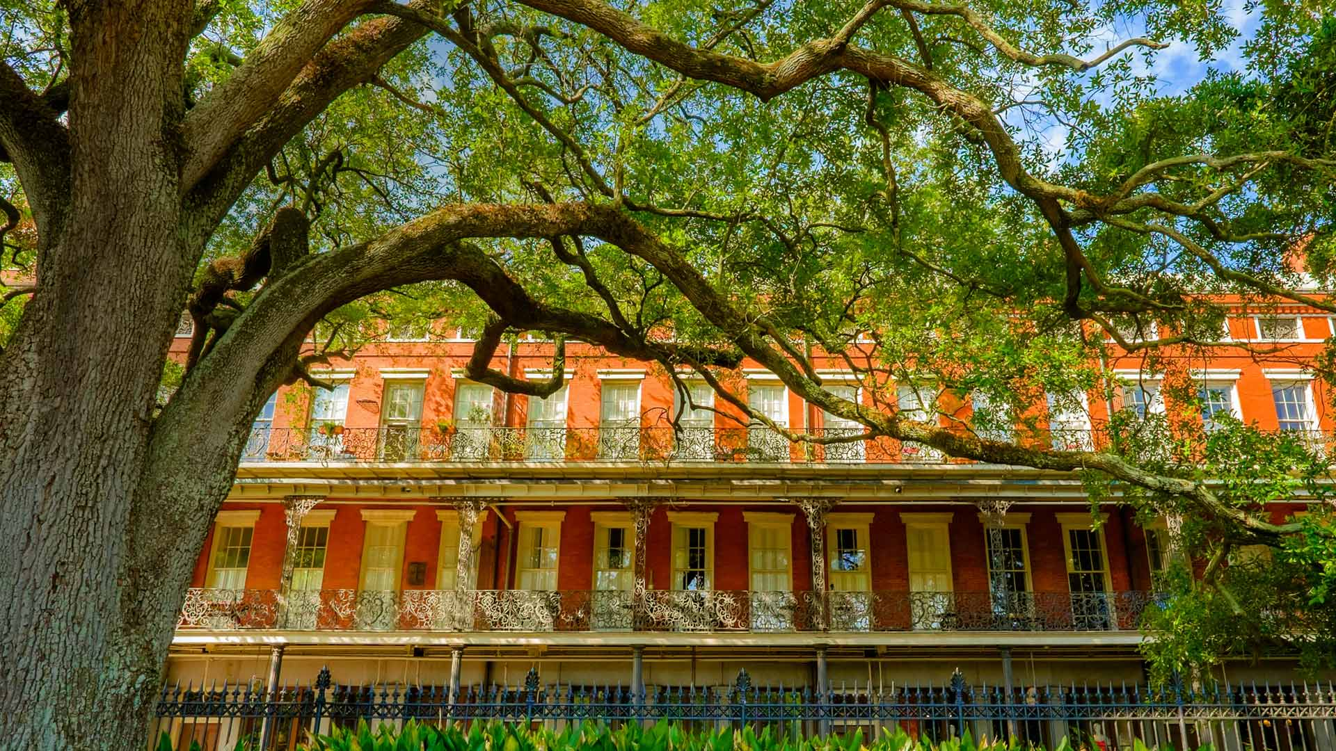 French Quarter Architecture Bing Wallpaper Download 1920x1080