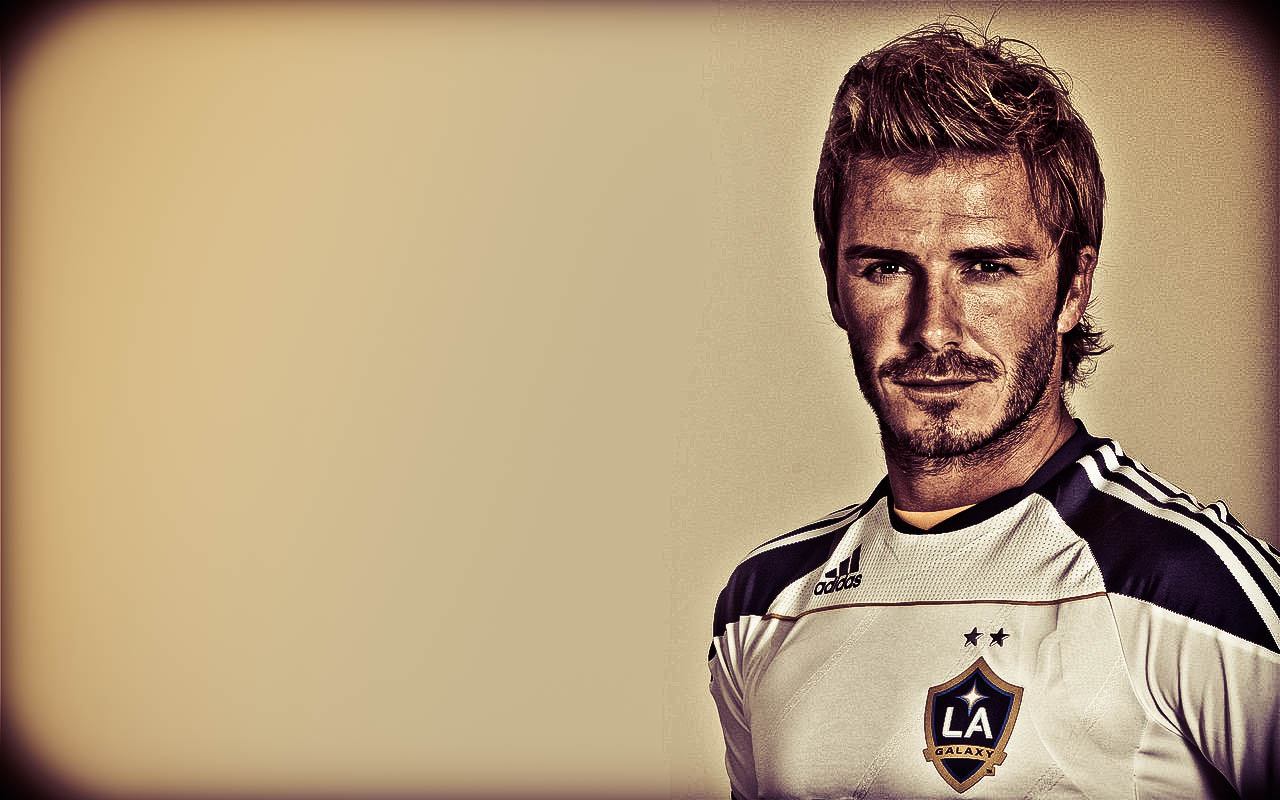 David Beckham Football Wallpaper 1280x800