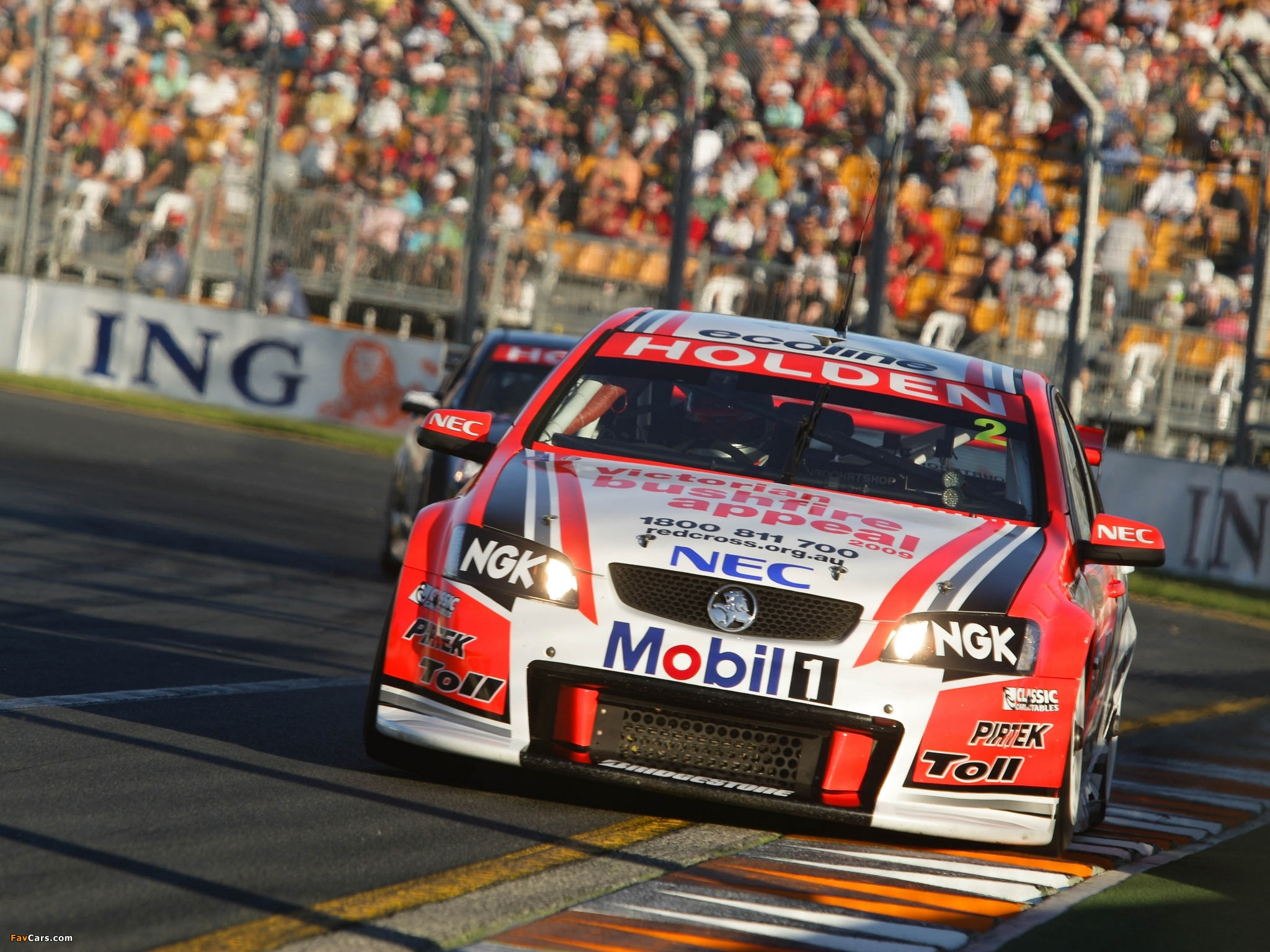 Sports   V8 Supercars V8 Supercar Wallpaper 2048x1536