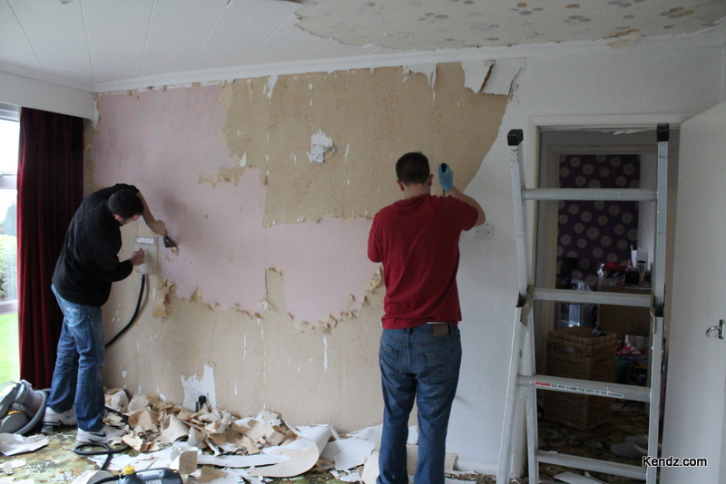 Removal of wood chip wallpaper and polystyrene ceiling tiles proved to 800x534