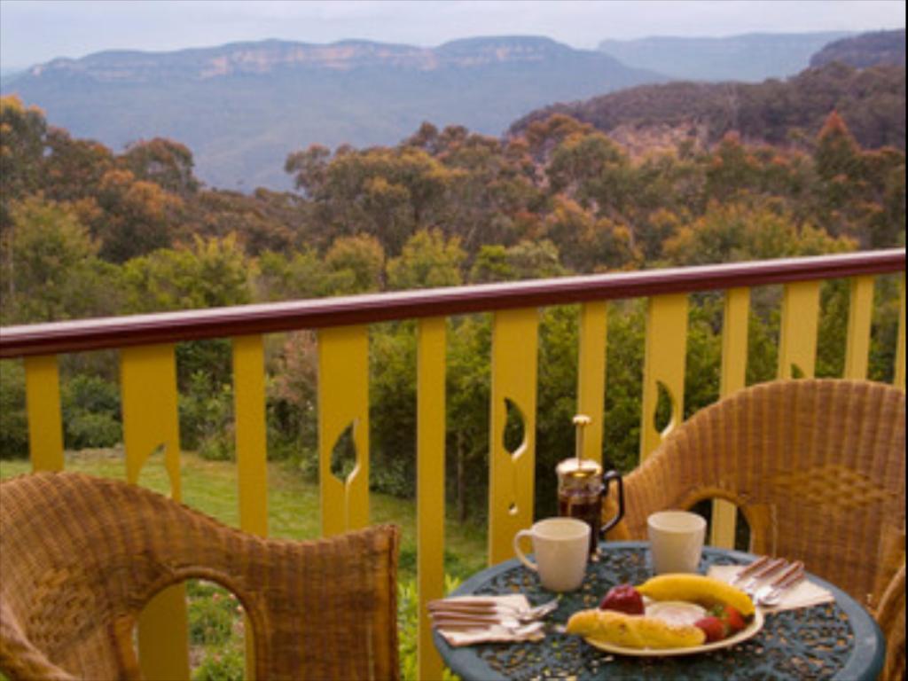 Moments Mountain Retreat Resort villa Blue Mountains   Deals 1024x768